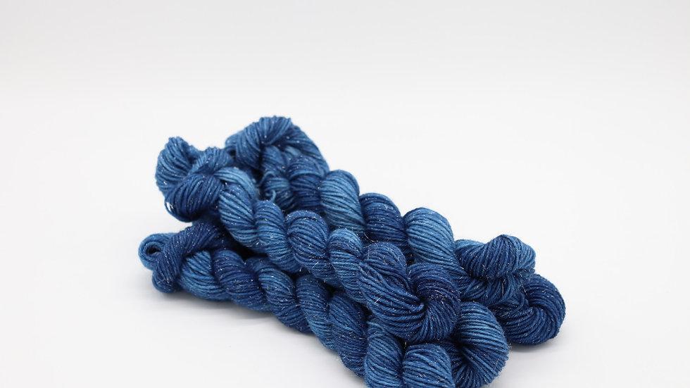 Woolishes StarDust - blau (80m/20gr.)