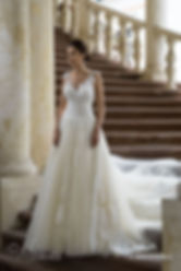 suknia ślubna kolor biało złoty