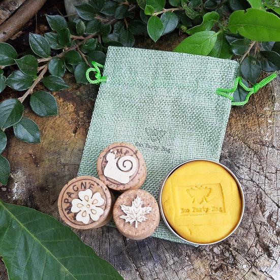 Play dough and stamp set - random colour
