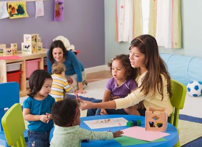 保育園、幼稚園にお勤めの方