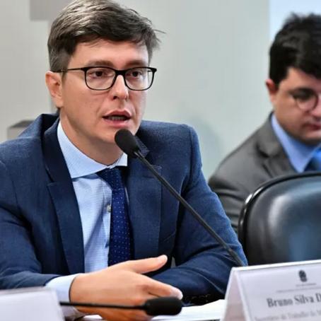 Dalcolmo é nomeado secretário executivo do Ministério do Trabalho e Previdência.