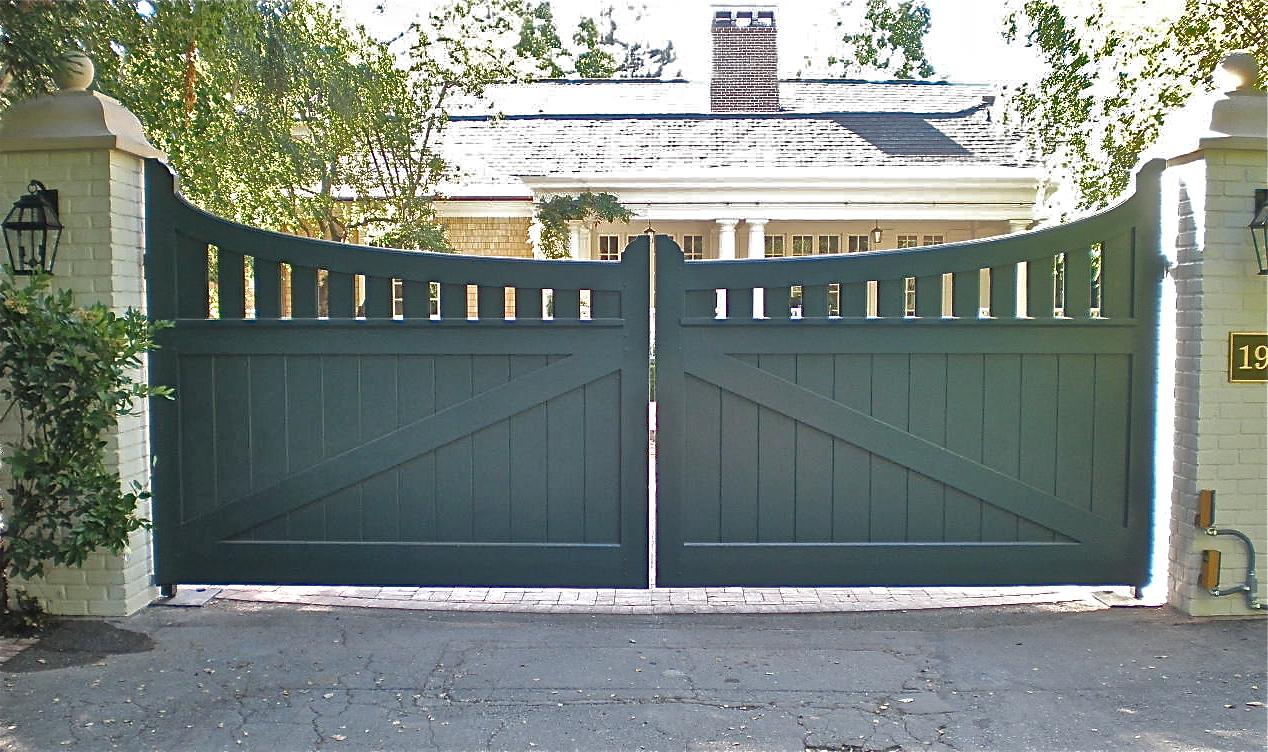 Driveway Gate 128