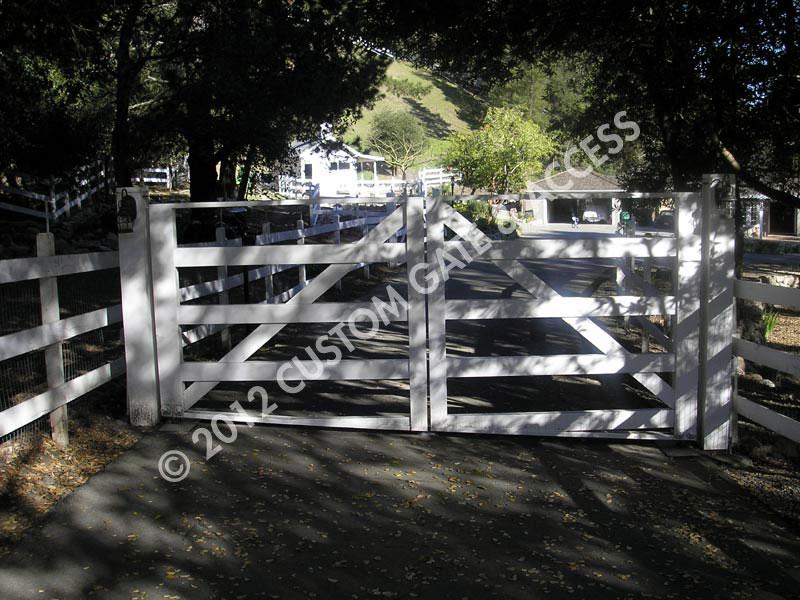 Driveway Gate 77