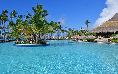 Resort 02.jpeg