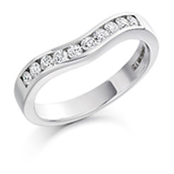 Curved half eternity ring