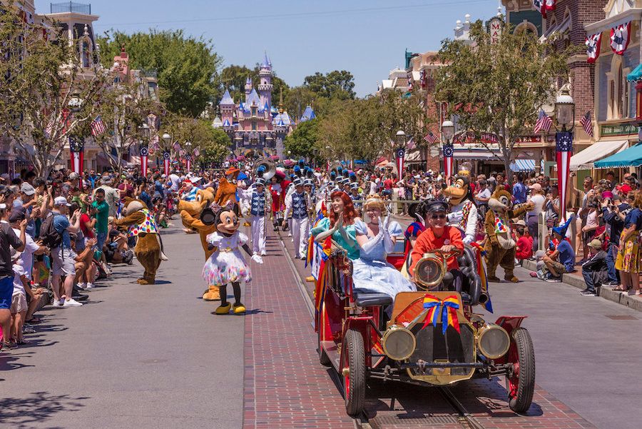 Mickey and Friends Band-Tastic Cavalcade