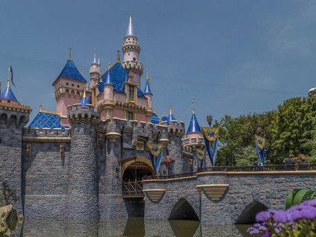 VIDEO: When's a Good Time to Visit Disneyland Resort? Now!