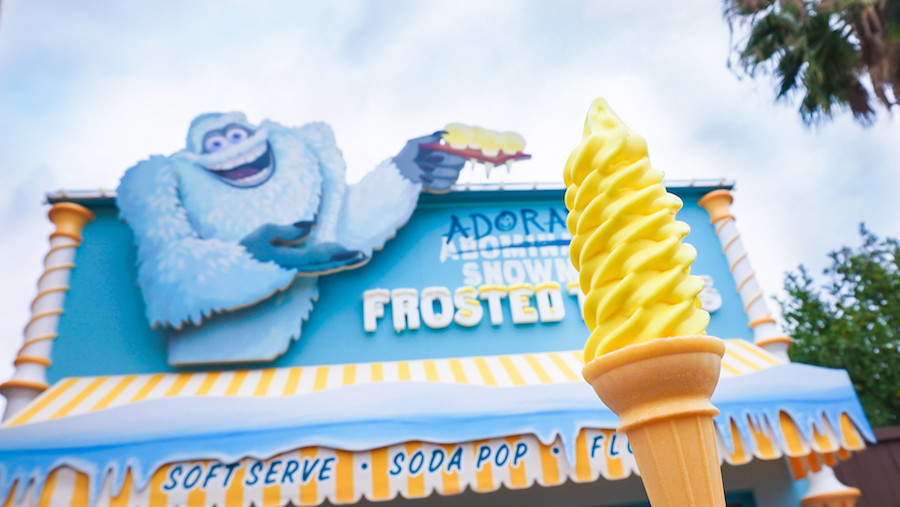 Adoreable Snowman Frosted Treats
