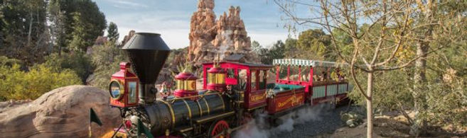 Disneyland Railroad 2.jpg
