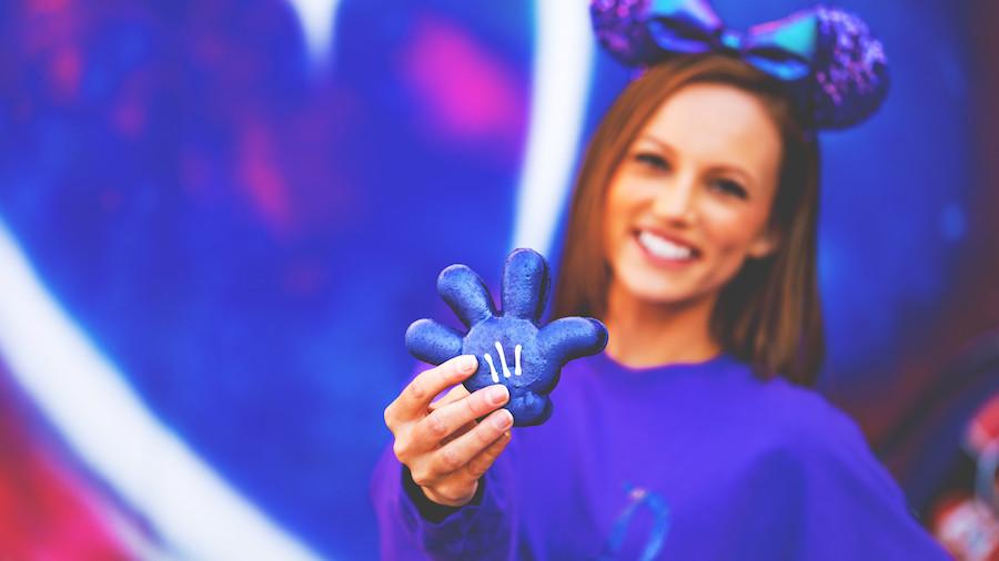 Purple Glove Macaron