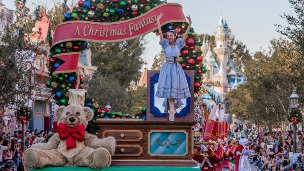 Holiday Vacation at the Disneyland Resort