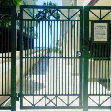 Aluminum beach access gate