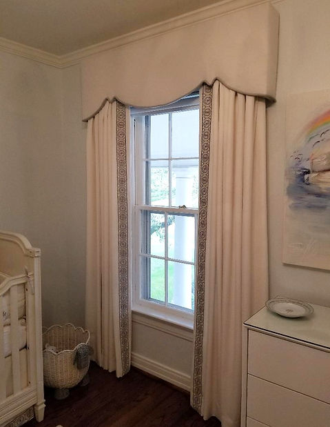 curtains%20valance%20w%20trim_edited.jpg