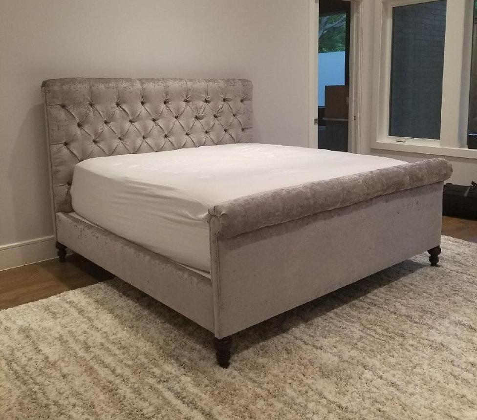 Tufted shimmery bed full_edited.jpg