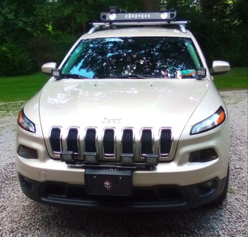 2015 Jeep Cherokee KL Latitude with 4 Front Pod Lights
