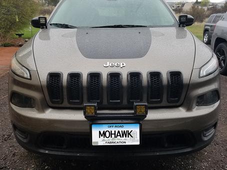 "16"" Front Pod Light Mount Bracket on a Cherokee KL"