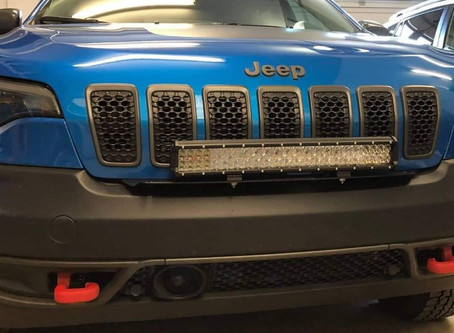 """2019 Cherokee Trailhawk with a 22"""" front light bar"""