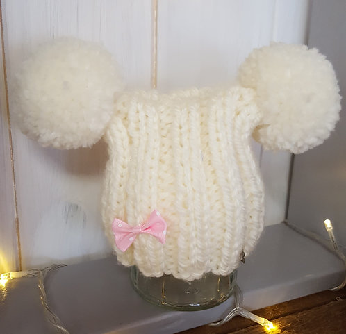 Cream Chunky Double Pom Pom with Bow