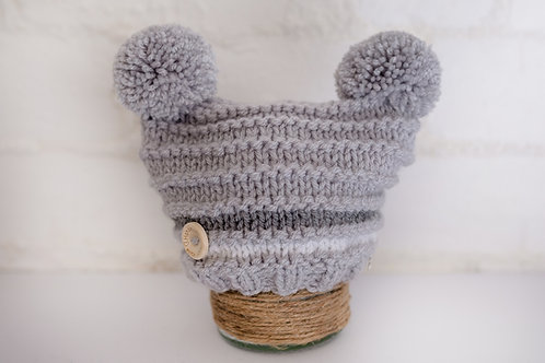 Light grey double pompom with white and mid grey stripe