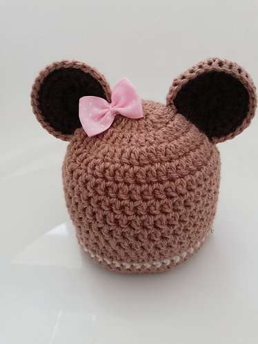 Bear style hat with bow