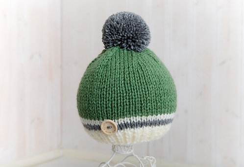 Forest with cream and  grey stripe bobble hat