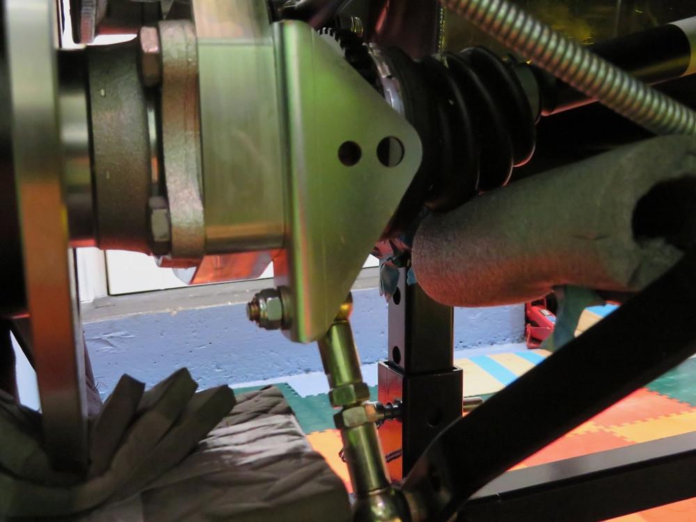 Caterham 7 S3 420R ARB bracket