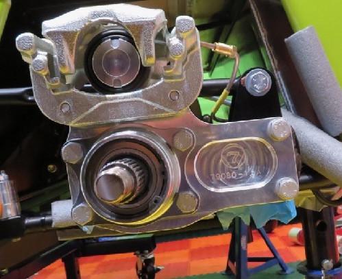 Caterham rear hub and bearing
