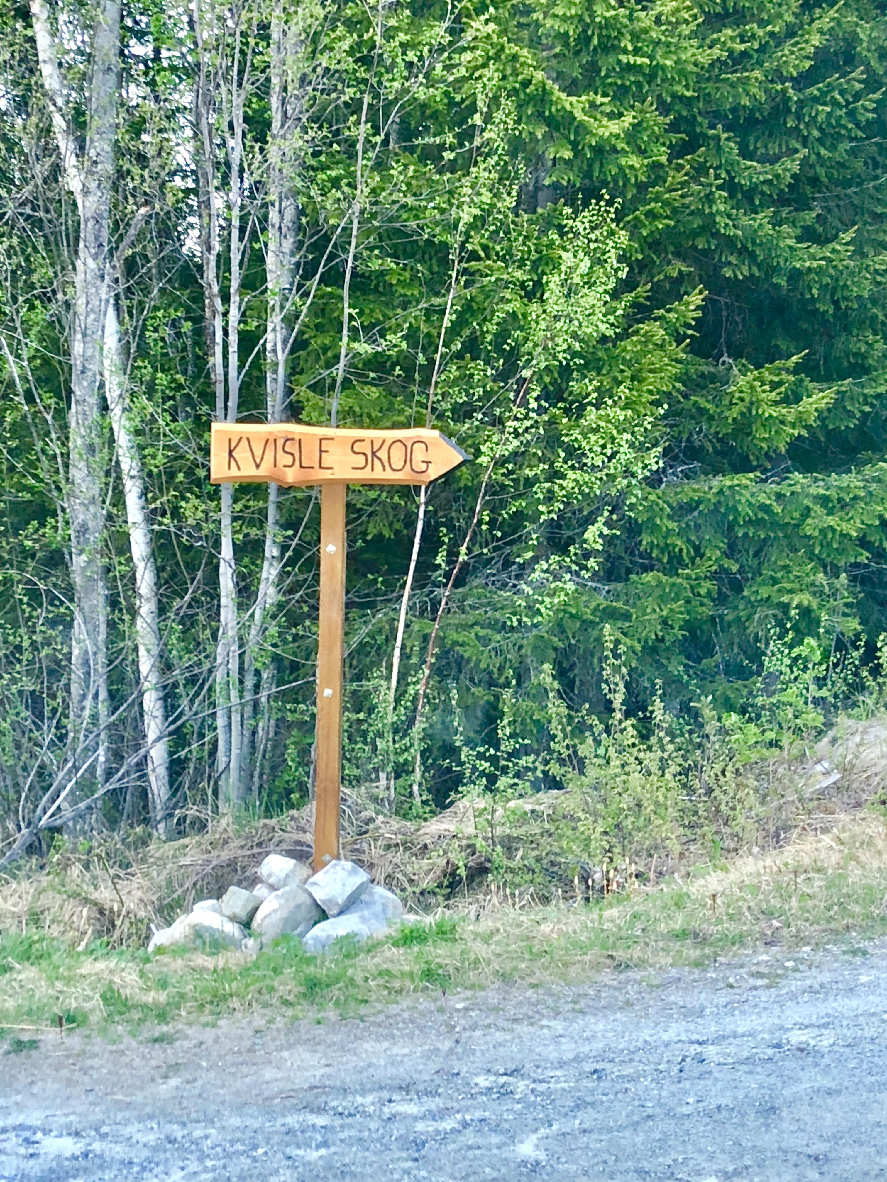 Skilt til Kvisle Skog