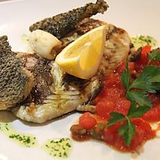 Branzino selvaggio alla griglia (Grilled wild sea bass)