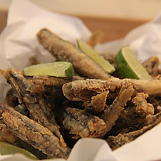 Alici indorate e fritte (Fried anchovies)