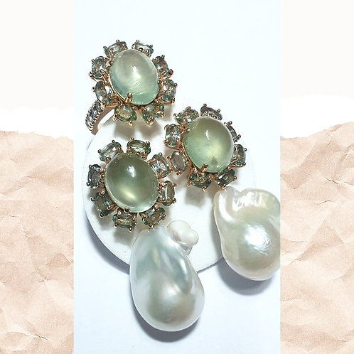 Prehnite and green sapphires with detachable pearls set