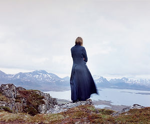 "Elina Brotherus, ""Der Wanderer 2"", (série The New Painting), 2004"
