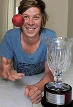 Simon Makin WACA young cricketer of the year 201112