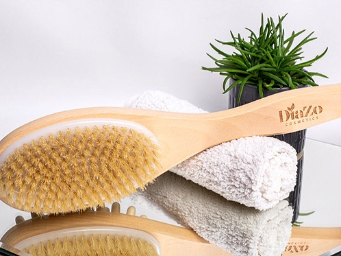Natural Body Scrubber and Cellulite Massager.