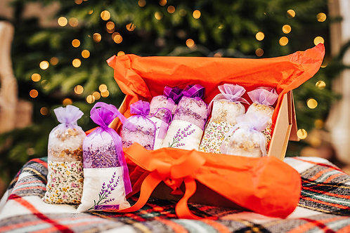 Luxury Bath Salt Bags with dry Lavender and Camomile