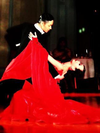 田中健太郎,三田聡美 ダンススタジオモーメント 京橋 社交ダンス教室