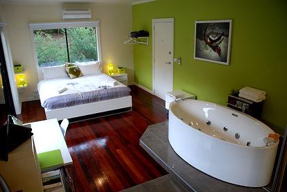 Spa accommodation yarra valley.jpg