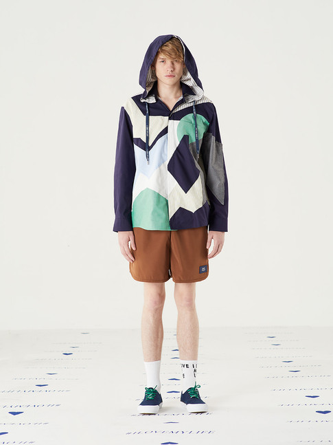 Cut n Add View Hooded Shirt -Navy = THB 5,200 Too Important Poly Shorts - Brown = THB 1,850