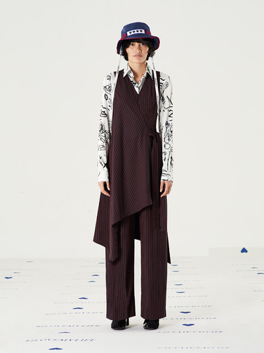 Too Important Hat - Navy = THB1,450  Fit Flare Striped Jumpsuit - Red = THB4,550 Too Important Graphic Satin Shirt - Black = THB3,850