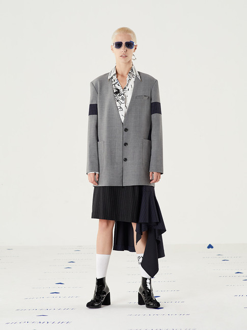 Mission Wool Suit-  Gray = THB 6,900 Space Graphic Hoodie - White = THB 2,890 Fit Flare Striped Skirt - Navy = THB 3,850