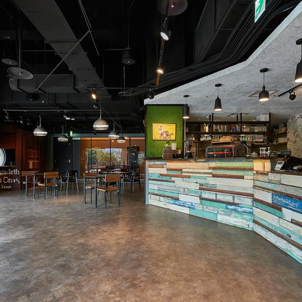 台大後台咖啡廳