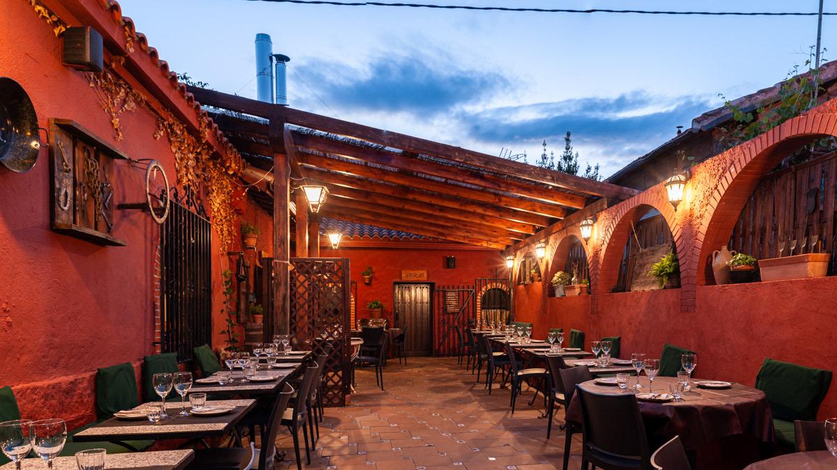 Terraza restaurante La Ruca