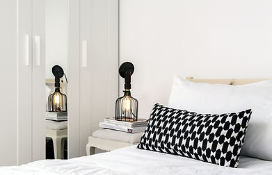 réalisation, particulier, décoration, chambre, architecture intérieure, coussin, placard sur-mesure, audrey boey