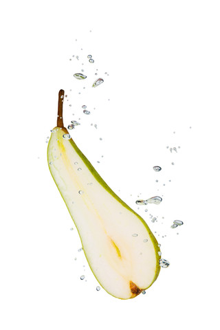 Pear in the water with air bubbles