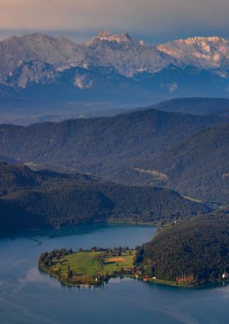 Walchensee mit Halbinsel Zwergern