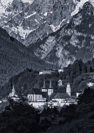 Berchtesgaden vor Bergmassiv
