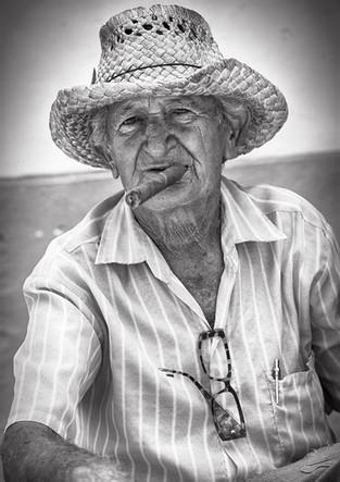 Cubans with cigar