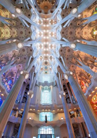 Kirchenschiff der Sagrada Familia