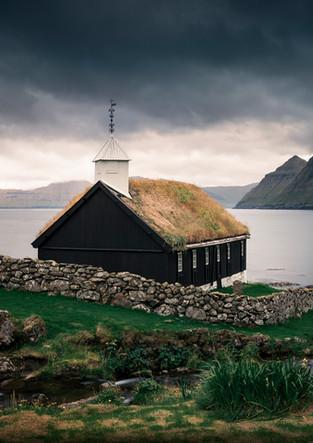 Kirche der Gemeinde Funningur, Färöer Inseln