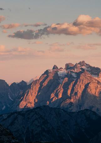 Berglandschaft im Sonnenuntergang, Dolomiten